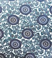 petit chrysanthème à feuilles - bleu